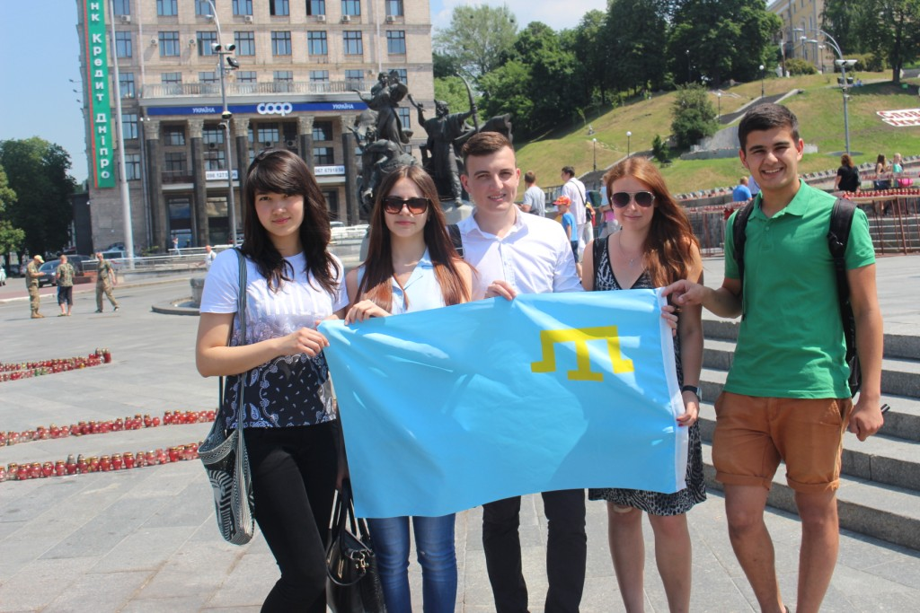 <a href='/en/news/krymskotatars-ka-molod--zapuska--flesh-mob--mi-vs----krims-k--tatari-/'> Crimean Tatars to starts a flash mob &quot;#‎QIRIMbayraq‬&quot;</a>